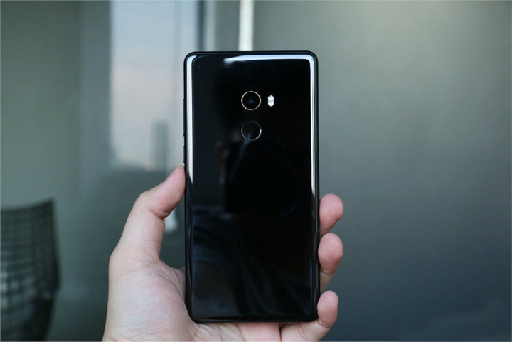 Xiaomi Mi MIX 2 Review: What Means Full Screen 2.0?